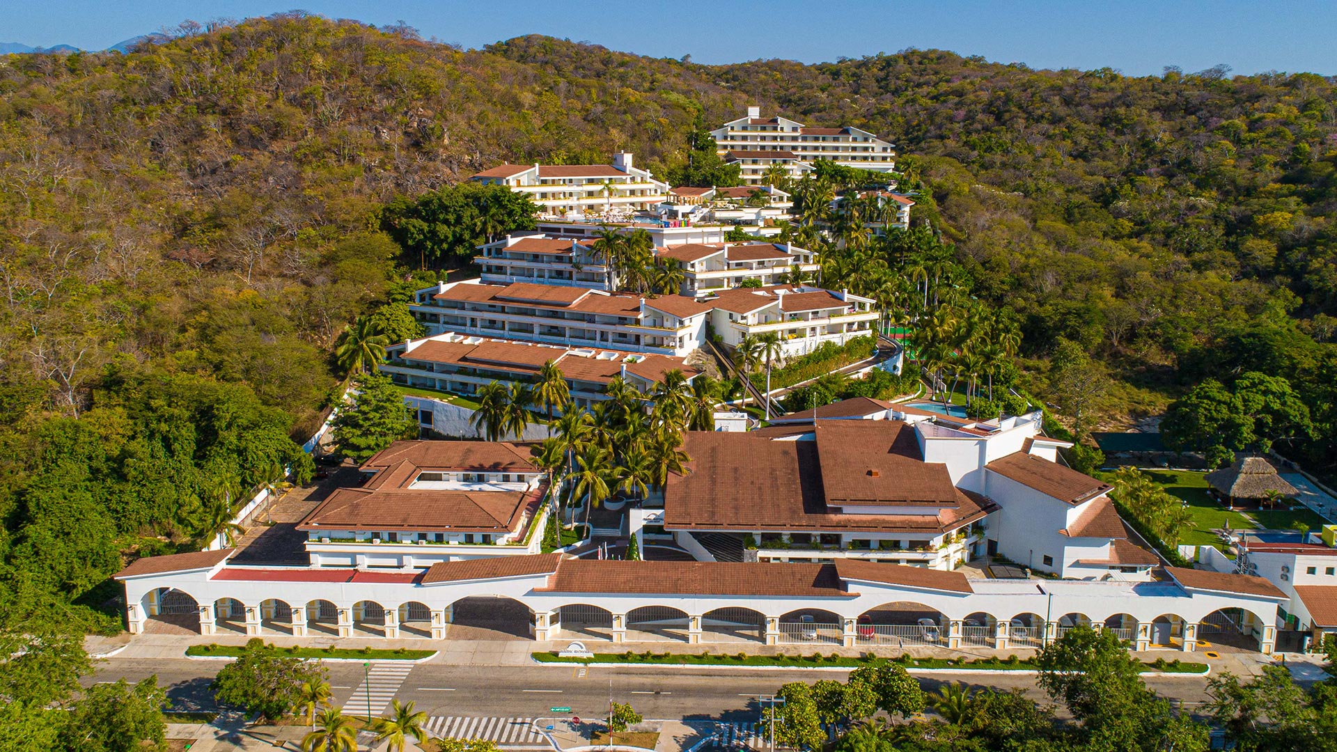 Park-Royal-Beach-Huatulco-vista-general