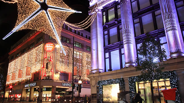 64131-640x360-oxford-street-christmas-lights-istock-6401